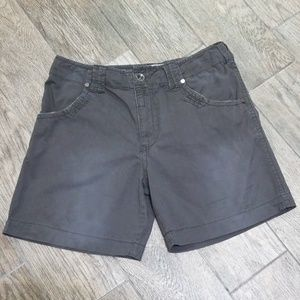 BKE 100% cotton shorts pockets front and back